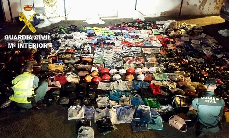 PERITO PROPIEDAD INDUSTRIAL HUELVA: Falsificación de Prendas Textiles